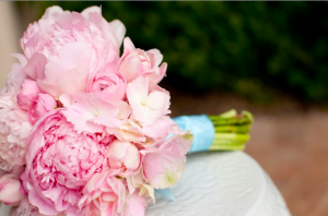 Choosing a Wedding Bouquet that Complements You