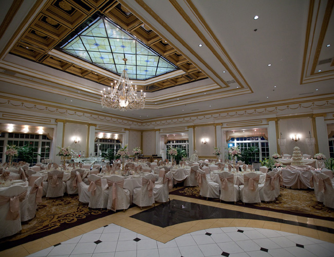 Accommodating Large & Small Weddings: Adelphia